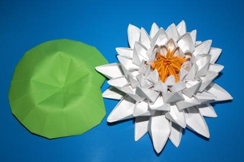 сборки оригами из треугольных модулей.