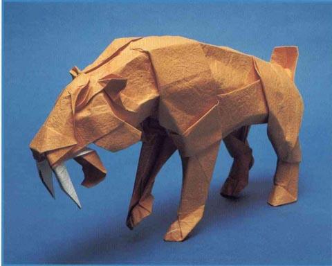 Лебедь из треугольных модулей, видео схема ... делала оригами тигра из обычной белой.